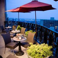 Top Rooftop Bars in Philadelphia — Visit Philadelphia ...